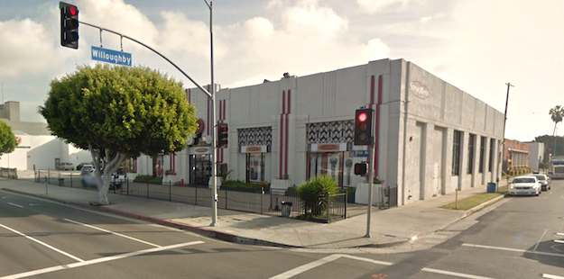 Recent view of 900 North La Brea.  Photo credit: Google Maps.