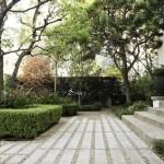 Windsor Square Garden Makeover is Elegant & Uncluttered